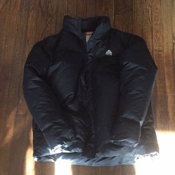 39b53081c162 Nike ACG Outer Layer 3 Goose Down Puffer Coat. M 5a4fb44e50687c0c1900f219